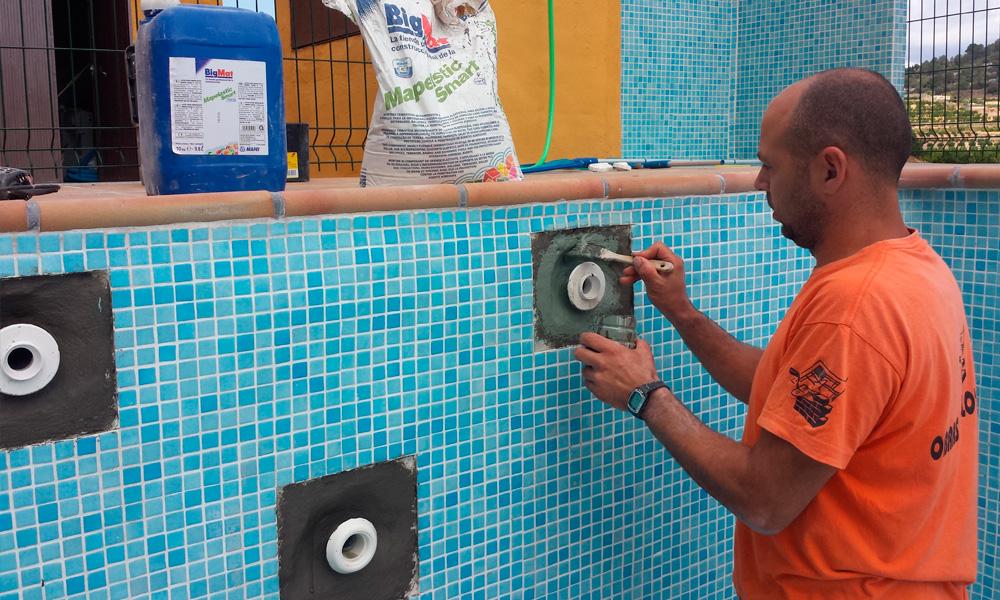 Reparaciones y reformas de piscinas en playa de gandia for Piscinas de fibra de vidrio usadas